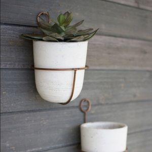 White wash clay w/copper Wall Decor